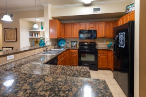 Three Bedroom Apartments for Rent in Katy, TX - Kitchen with Breakfast Bar